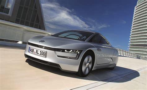 Efficient Car In The World by Volkswagen Xl1 Is World S Most Fuel Efficient Car At 261