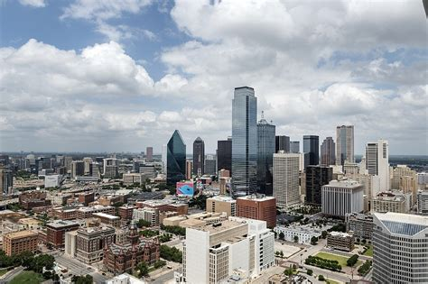 Rent Dallas by What You Can Rent For 1 800 A Month In Dallas