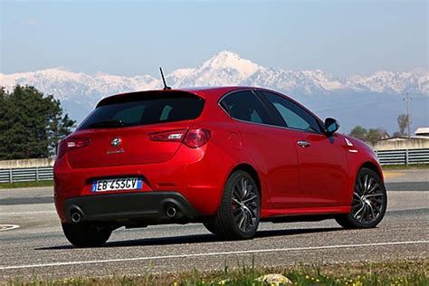 Alfa Romeo Giulietta Dodge Dart by Dodge Dart A Familiar Name Returns From An Unlikely Place