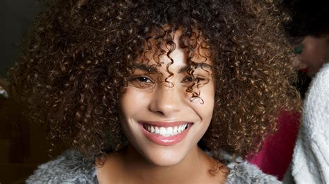 How To Spiral Curls On Natural Hair