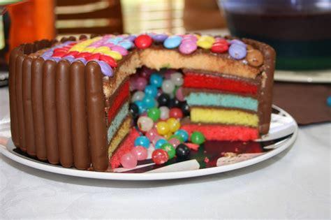 pomme al interieur ficelle en cuisine rainbow cake