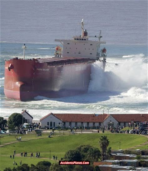 Ship Accident by Accidents Planet Ship Accidents Photos