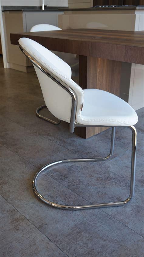 chaise cuisine blanche chaise blanche cuisine top chaise blanche de cuisine