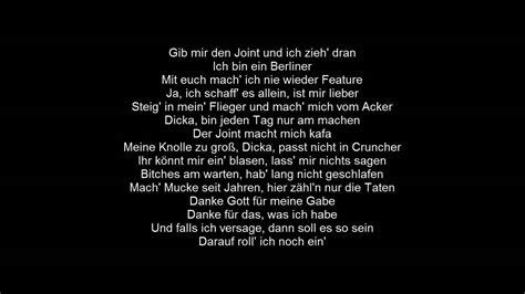 Ufo361 - Flieg | Lyrics by |MusicLyrics| - YouTube
