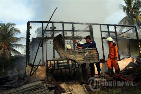 Nah, biar kamu nggak bingung lagi, nih ada beberapa tips buat kamu yang mau menagih utang ke teman yang lupa bayar. Kebakaran Rumah Tewaskan Satu Orang di Pekanbaru, Foto 1 #1625489 - Tribunnews.com