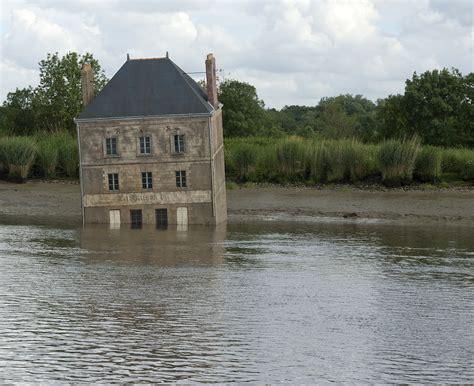la maison dans la maison dans la loire estuaire