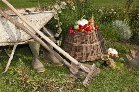 Und Garten Winterfest Machen by Garten Winterfest Machen Mit Liste Winterharter Pflanzen