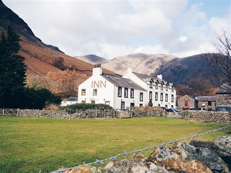 Places To Stay In The Lake District With Tub - top 5 lake district activities earth s magical places