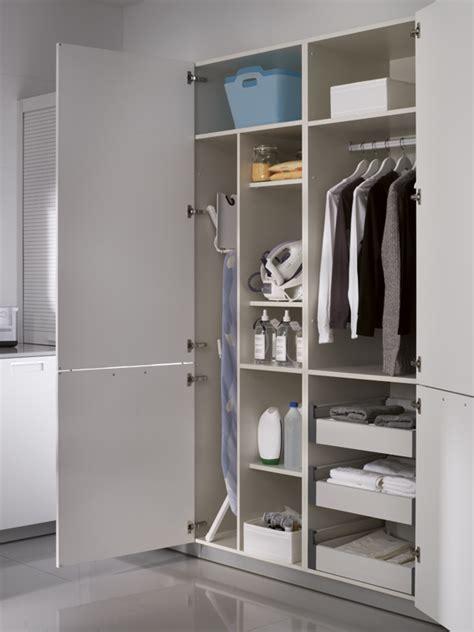 muebles altos columnas  zona de lavado estudio de