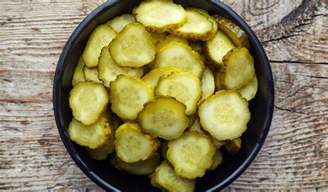 Receptes.lv - Gurķu salāti burciņās