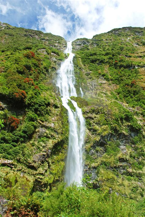 The World Most Beautiful Waterfalls Niagara Falls