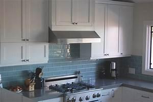 best 25 glass backsplash ideas for kitchens for your home With cool ideas for backsplash