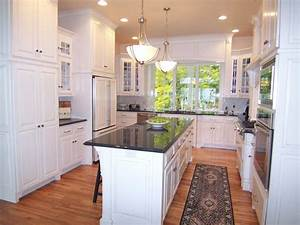 u shaped kitchen design ideas pictures ideas from hgtv With kitchen colors with white cabinets with footprints in the sand wall art