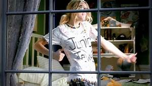 Taylor Swift - You Belong With Me [Music Video] - Taylor ...