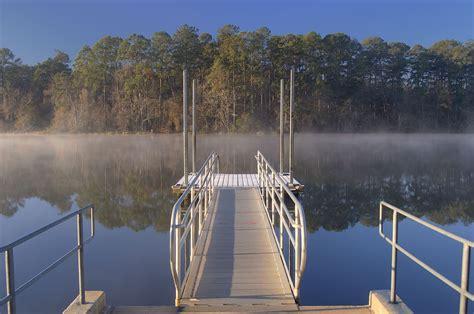 Slideshow 816-19: Boat ramp in Lake Raven in Huntsville ...