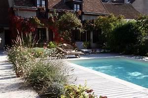 creation de bassins vegetalises les mains de jardin With beautiful amenagement jardin autour piscine 2 creation