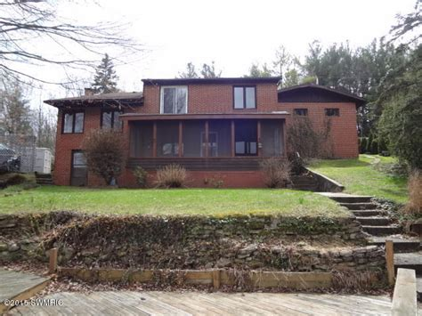 13069 Stacey Rd Ne, Greenville, Michigan 48838 Reo Home