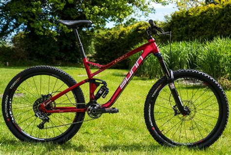 New Sunn Enduro Bike And Team