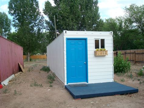 shipping container houses   income families
