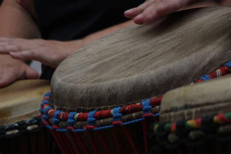 images gratuites la musique jouer couleur musicien tambour instrument de musique art