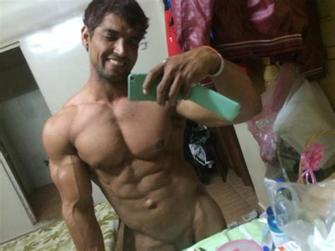 Desi Guys All Straight Guys Tricked Into Giving Nude Pics