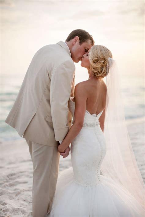 17 Best Ideas About Beach Wedding Photos On Pinterest