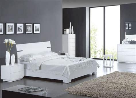 chambre en gris et blanc aménagement décoration chambre en gris et blanc