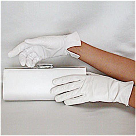 carolina amato white kid leather gloves wrist length