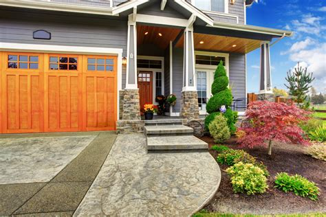 Creative Curb Appeal For A Perfect First Impression