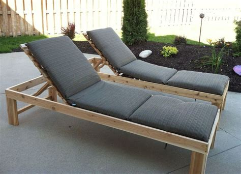 Best 25+ Pallet Chaise Lounges Ideas On Pinterest Pool