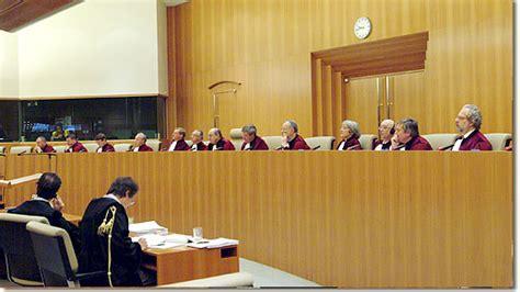 chambre pour homme qpc la cour de luxembourg allume le calumet de la paix et