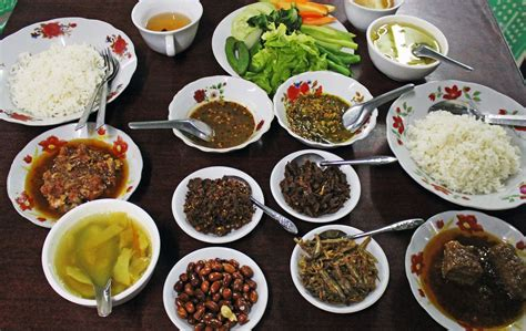 most cuisines myanmar traditional food myanmar tourism