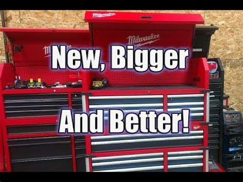 "New Milwaukee 46"" 18 Drawer High Capacity Tool Chest and"