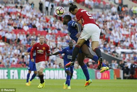 Manchester United vs Leicester City, Community Shield 2016 ...
