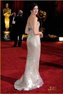 Anne Hathaway -- Oscars 2009: Photo 1744961 | Anne ...