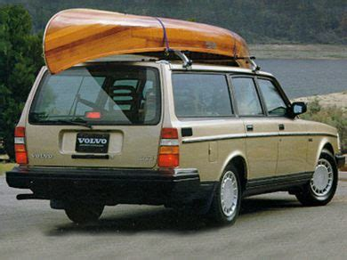 Volvo 240 Mpg by 1992 Volvo 240 Specs Safety Rating Mpg Carsdirect