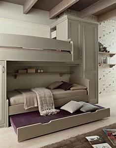 Lit Design Enfant : mobilier chambre enfant naturel fonctionnel moderne ~ Teatrodelosmanantiales.com Idées de Décoration