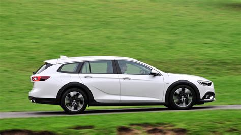vauxhall insignia country tourer  review car magazine