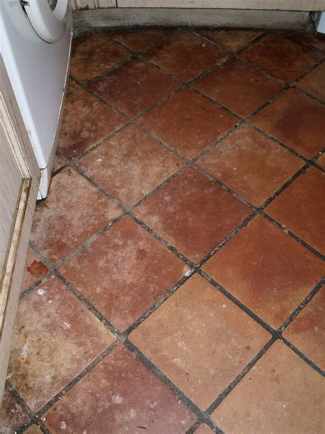 kitchen floor cleaning tips how to remove stains from terracotta tiles tile design ideas 4769