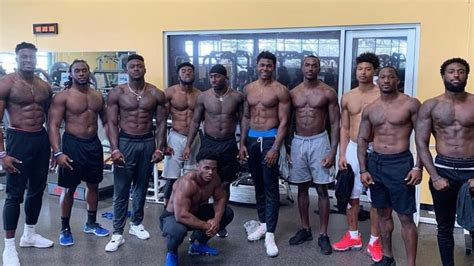 dk metcalf weight room photograph wide receiver