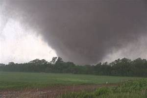 Moore, Oklahoma Deadly EF5 Tornado 5-20-2013 by Val and ...