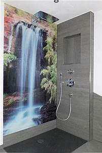 Wasserfeste Wandverkleidung Bad : duschr ckwand jetzt hier gestalten ~ Lizthompson.info Haus und Dekorationen