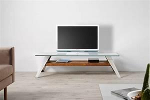 Table Tv But : 44 modern tv stand designs for ultimate home entertainment ~ Teatrodelosmanantiales.com Idées de Décoration
