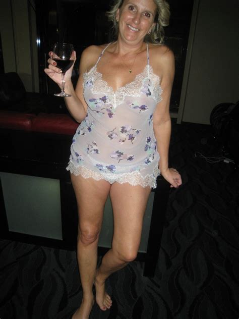 X 251 Wife Wants To Play Cuckold Forum Amateur