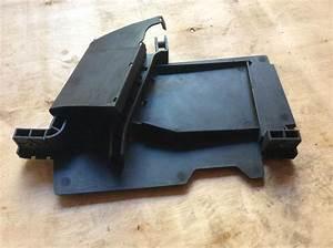Audi Tt Mk1 Battery Cover    Fuse Box Holder 8n0971824 All