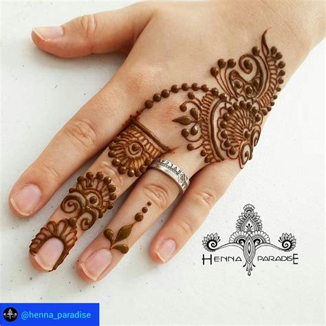 Simple Mehndi Design – FashionDesignerArt-1728