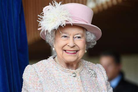 queen elizabeth net worth      queen  england worth