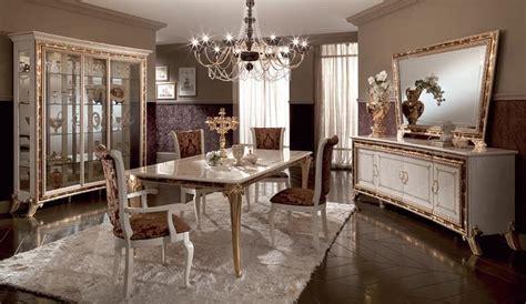 sale da pranzo stile classico credenza in stile classico di lusso per sale da pranzo