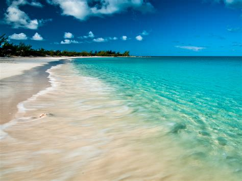 free bahamas bahamas beautiful beaches free computer wallpaper