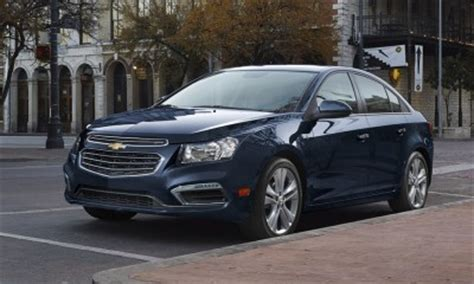 chevrolet cruze chevy safety review  crash test